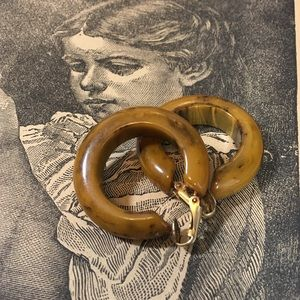 Vintage Jewelry - Vintage Mississippi Mud Bakelite Clip-on Earrings